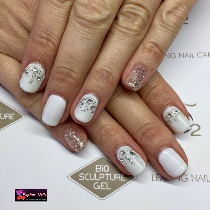 Icy nails #biosculpturegel #paphosnails #biosculpturebytheresa