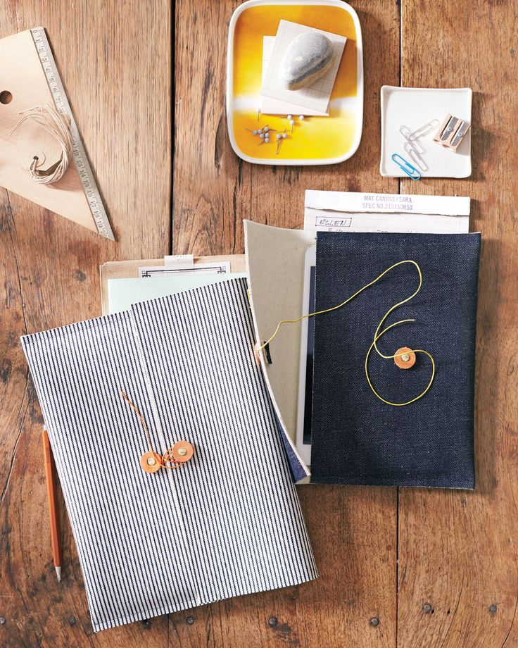 Nestle your tablet inside a customized felt-lined denim sleeve. A half-yard of each fabric lets you make enough for yourself -- and a few friends.