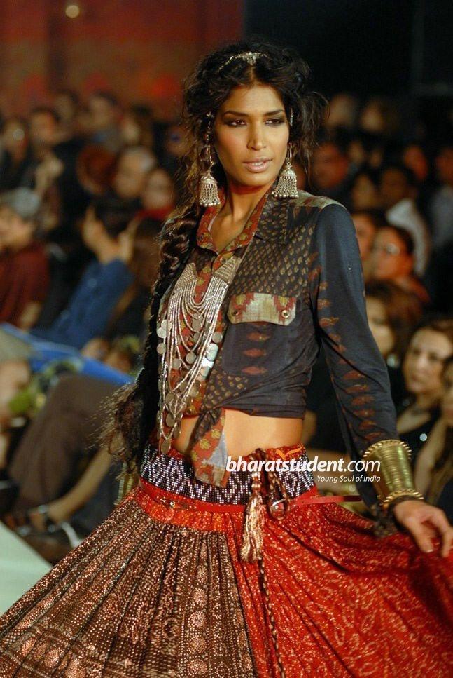 Ritu Kumar. gypsy