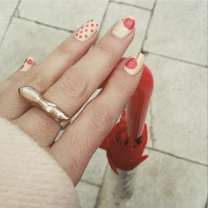 Red is the colour #poppies #nailart