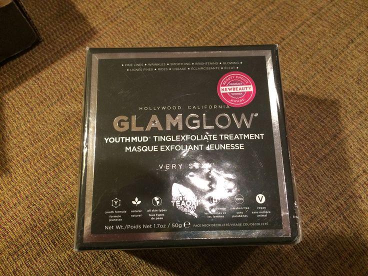 Sealed full size black Glamglow youthmud tingle foliage treatment $60 shipped