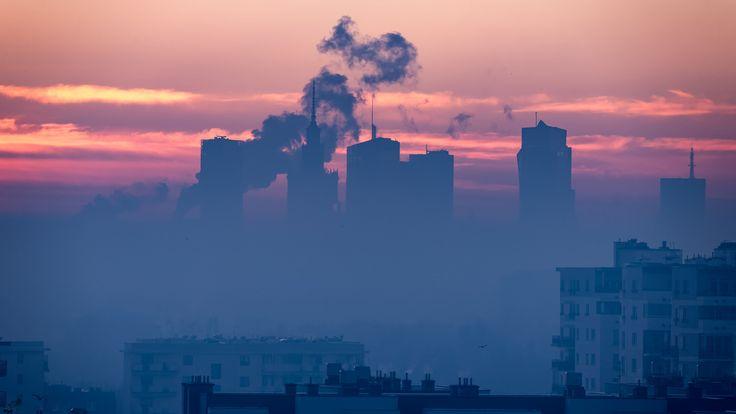 https://flic.kr/p/PNbo8D | Smoggy Morning Warsaw