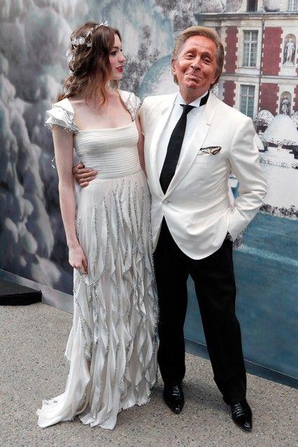 Wow, what a dress.... I just love it!!!  Anne Hathaway Wedding Dress Valentino - Marry Adam Schulman (Vogue.com UK)
