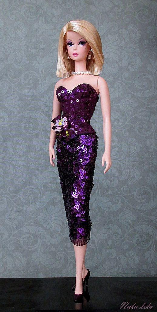 https://flic.kr/p/DgQRbt | Fashionably Floral Silkstone Doll