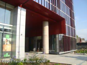 ORH RENT-A-HOUSE CHILE SA Edificio en Arriendo en Las Condes en Santiago Código: 15-93 No.1