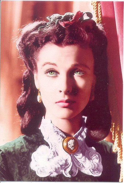 Vivien Leigh / Scarlett O'Hara green christmas by scarlett283, via Flickr