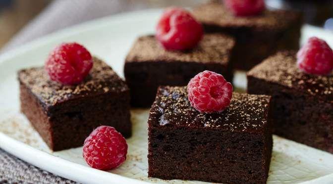 Paleo Chocolate Raspberry Brownies. Sugar-free, grain-free, dairy-free.