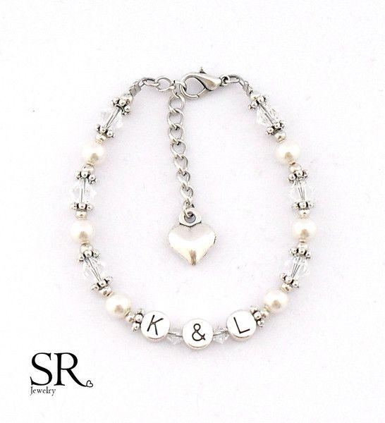 Namensarmbänder - Initialien Armband Braut Perlen Freundin Geschenk  - ein Designerstück von sweetrosy bei DaWanda