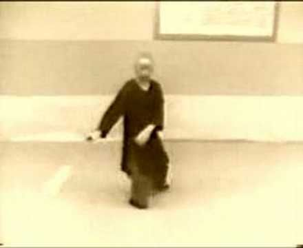 Best Tai Chi Videos Online – Cheng ManChing Demonstrating Yang Style Sword