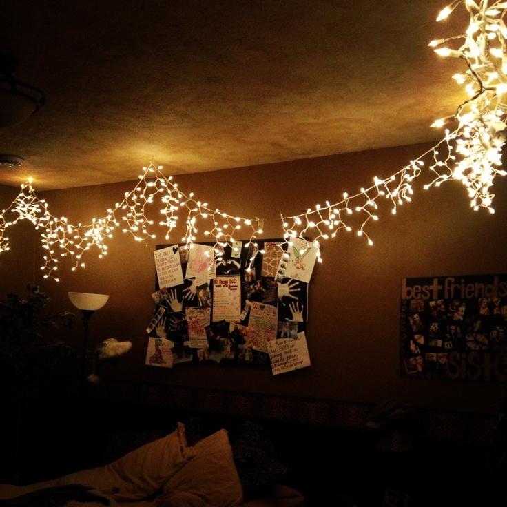 Christmas lights in room bedroom ideas pinterest for Room decor with fairy lights
