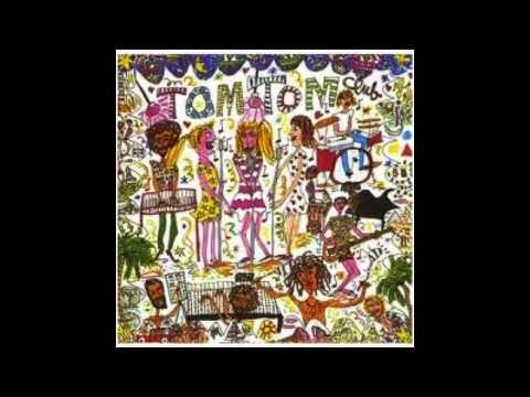 Tom Tom Club - Genius Of Love  ...no.one..can..sing. Quite like Smokey.. Smokey Robin-son..