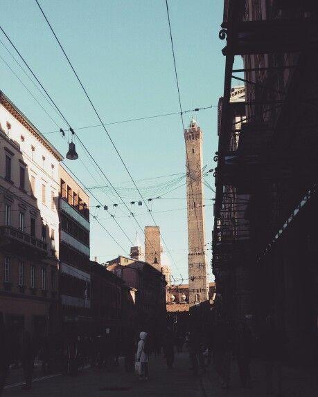 Bologna, le torri.