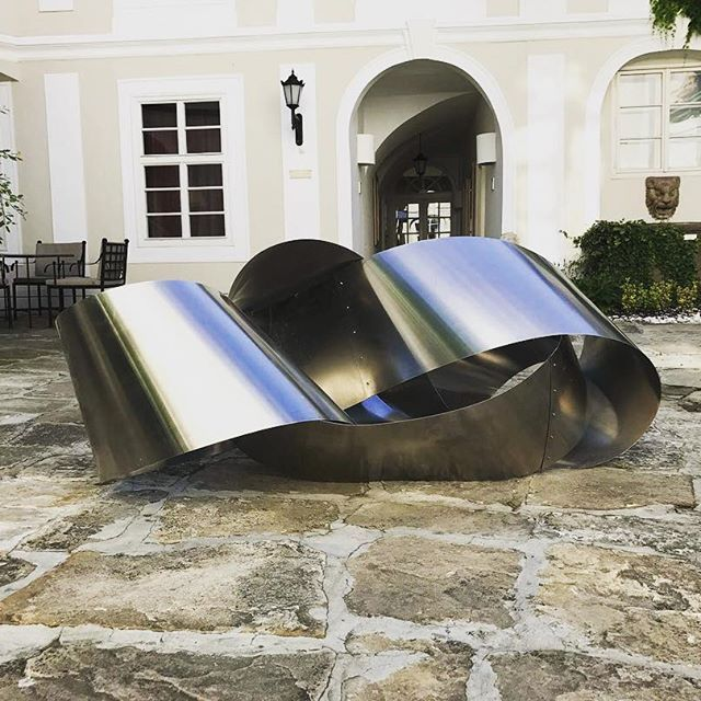 #SmetanArt #tbt We had this weird but fascinating piece of #art in the second courtyard made by a #Czech artist! Do you like it? #SmetanaHotel #hotel #hotels #luxury #boutiquehotel  #artist #artwork
