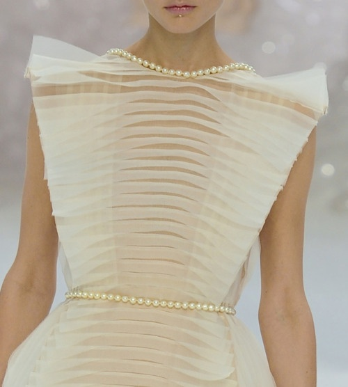 Chanel Spring 12Chanel Couture, Pearls Details, 2012 Jennings, Spring 12, Chanel Details, Chanel Spring 2012, Chanel 2012, 12 Details, Chiffon Dresses