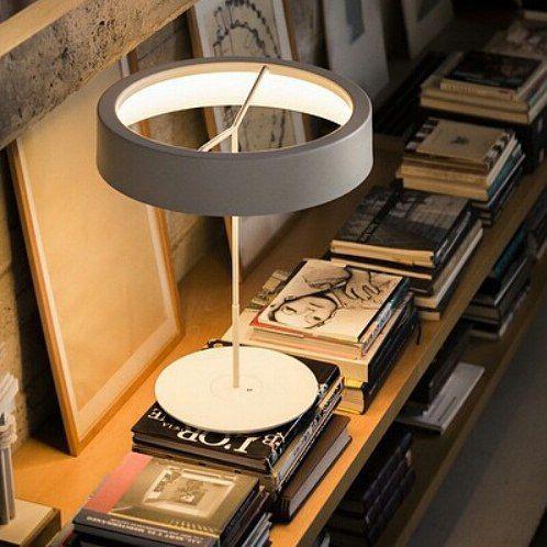 bloc–notes: Sin table lamp - Antoni Arola