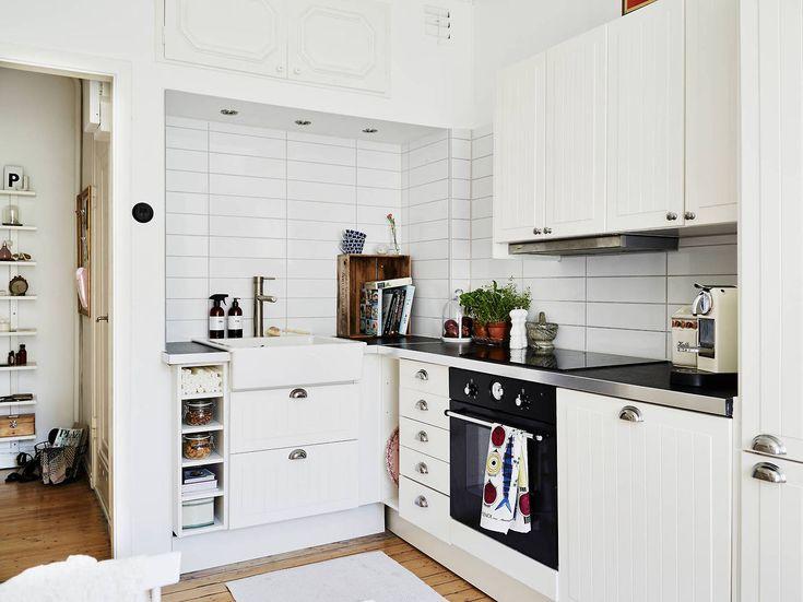Small Apartment Hallway Interiors