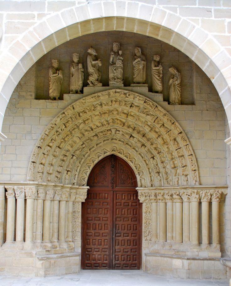 SPAIN / Architecture and monuments / Cathedrals, Churches... Iglesia de Nuestra Señora de la Asunción de Tuesta es uno de los mejores ejemplos de la transición del estilo románico al gótico en Álava. Se desconoce la fecha de su construcción, aunque se cree que fue erigida entre finales del siglo XII y principios del XIII.