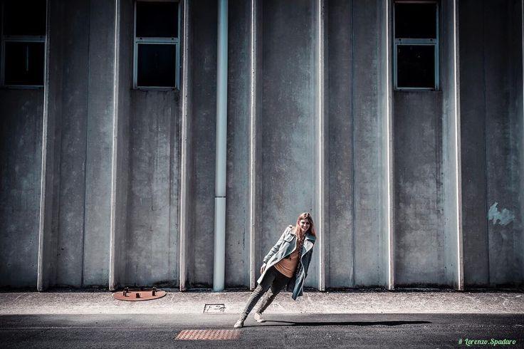 #daylight #naturallight #instagood #bestoftheday #globe_captures #follow4follow #centofoto #instagood #instadaily #instamood #ig_global_life #fotografia_italiana  #triestesocial #ilovefriuliveneziagiulia #comuneditrieste #igtrieste #igfriuliveneziagiulia #igersfvg  #ig_italy #ig_italia #igersitalia #igfriends_italy #portovecchio #portrait #urban