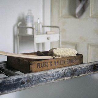 diy rustic bathroom ideas | DIY Bathroom Accessories For Your Rustic Bathroom | Rustic Crafts ...