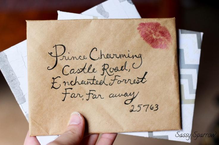 Sassy Sparrow: DIY Envelopes