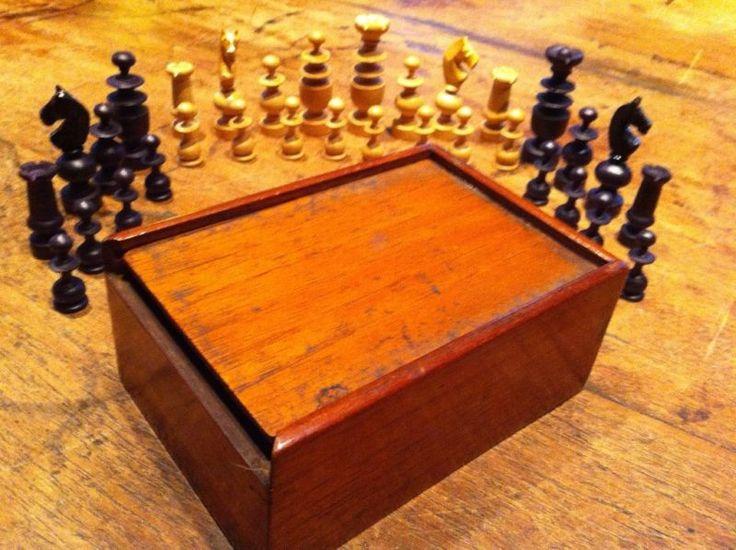 Schachfiguren Schachspiel antik in München - Au-Haidhausen | Kunst und Antiquitäten gebraucht kaufen | eBay Kleinanzeigen