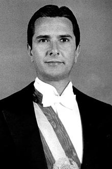 March 15,1990  Fernando Collor de Mello takes office as President of Brazil, Brazil's first democratically elected president since 1961. The next day he announces a currency freeze and freezes large bank accounts for 18 months.