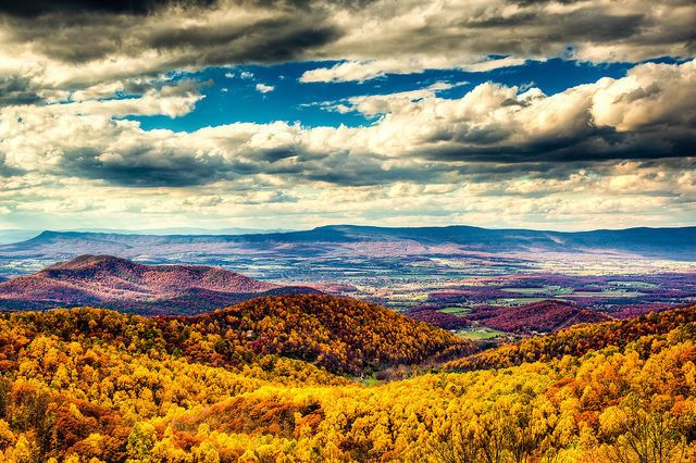 Shenandoah National Park - National Park Photos - Fall Foliage Pictures