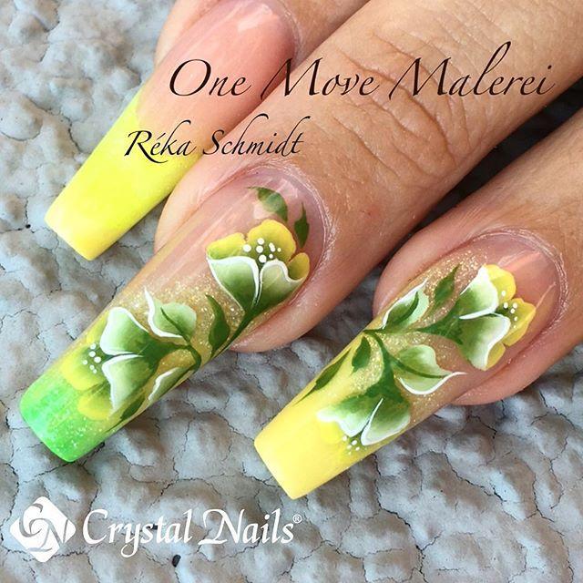 #lovenails #loveneon #crystalnails #rekaschmidt #acrylicnails #nailartaddict…