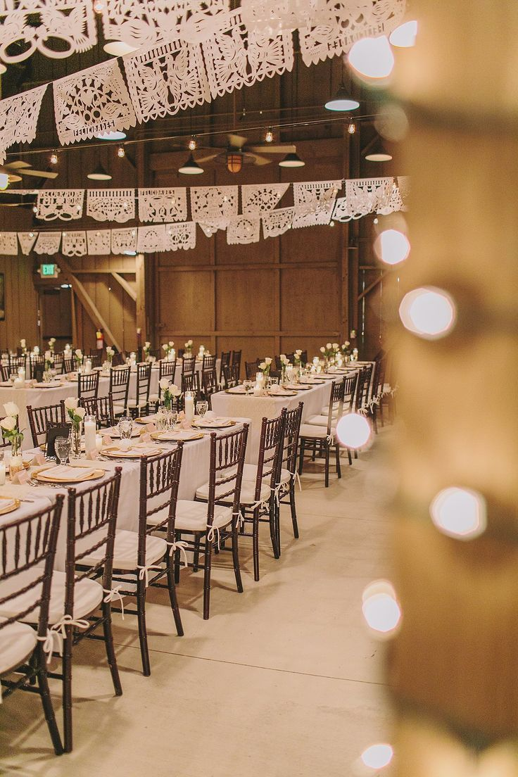 Elegant white and gold Mexican wedding inspiration, perfect for Cinco de Mayo.