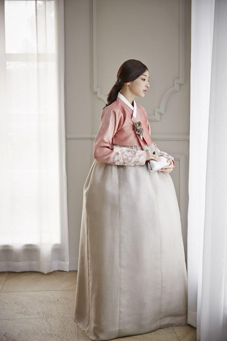 청담 이승현한복. @kyulcs for more Korean hanbok.