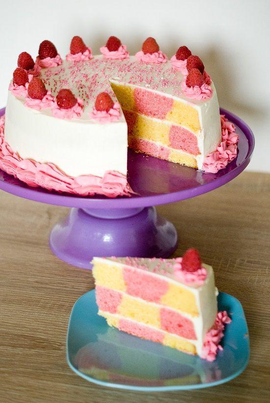 Gâteau damier rose & jaune