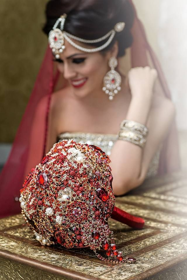 Beyond beautiful Indian bride! Love her bouquet.
