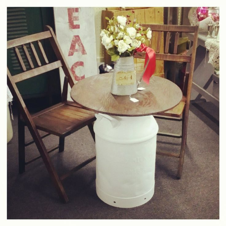 Sweet little milk jug table and chairs! www.sweetashleyscottage.com