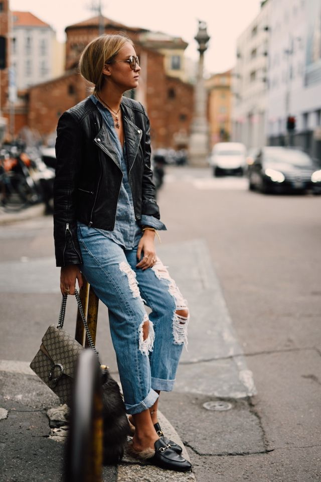 Nina-Victoria Suess pairs these trendy ripped jeans with a cute leather jacket and blue shirt.Jacket: S.Oliver, Blouse: Zara, Jeans: Levis, Bag: Gucci, Shoes: Gucci.
