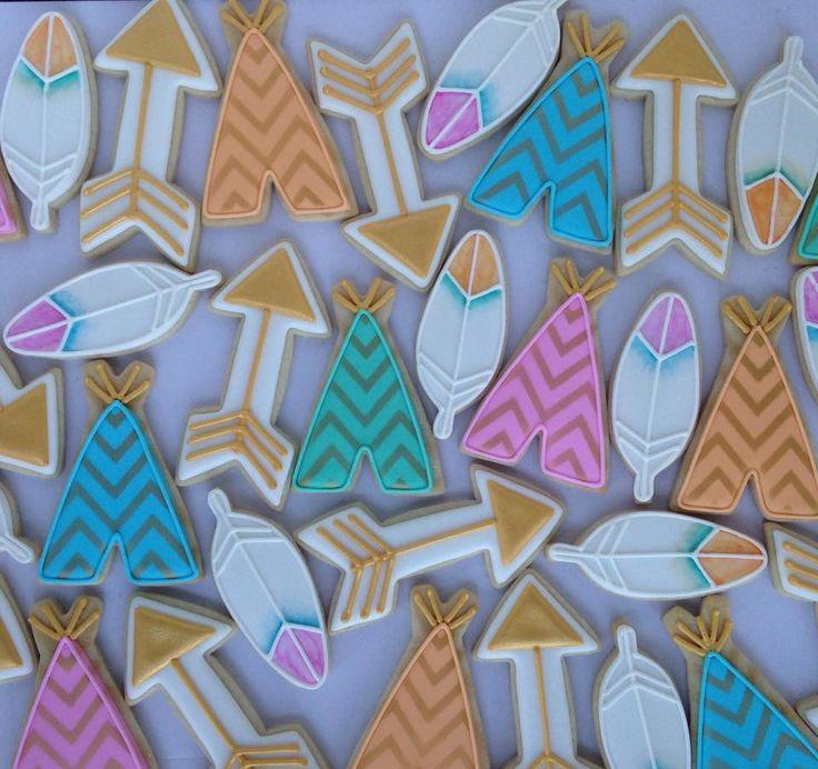 Tee pee arrow feather bohemian cookies