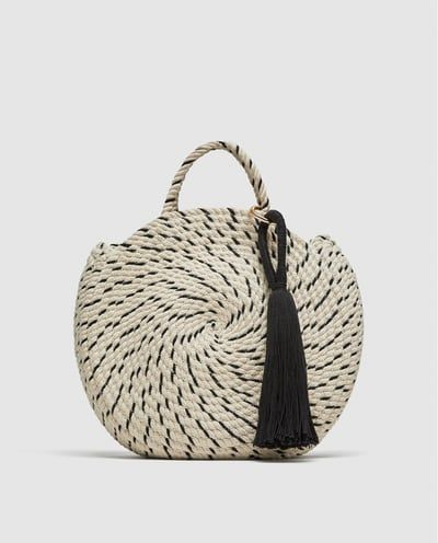 Image 2 of ROUND COTTON BUCKET BAG from Zara