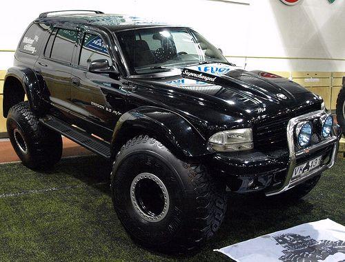 2000-2003?  dodge durango Super Large tires!!