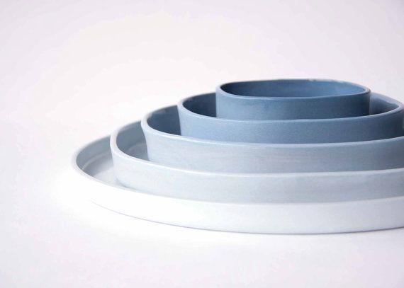 LE SET de 5 assiettes en porcelaine, plats en céramique design, ombre, dégradé de bleu, carré au cercle