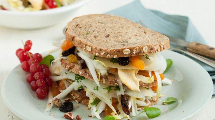 Sandwich met witloof, heilbot en waterkers | VTM Koken