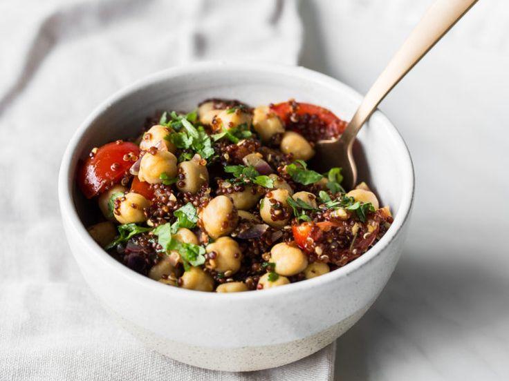 Bunte Kichererbsen-Bowl mit Quinoa
