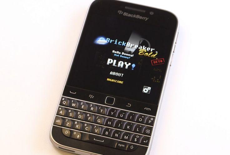 Brick Breaker is returning with the BlackBerry Classic - http://blackberryempire.com/brick-breaker-returning-blackberry-classic/ #BlackBerry #Smartphones #Tech