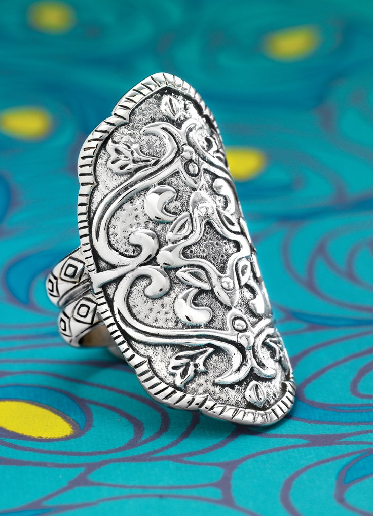 Summer style calls for summer silver: HELEN OF TROY RING Shop US: www.Silpada.com /// Shop Canada: www.Silpada.Ca #SilpadaStyle #SummerSilver