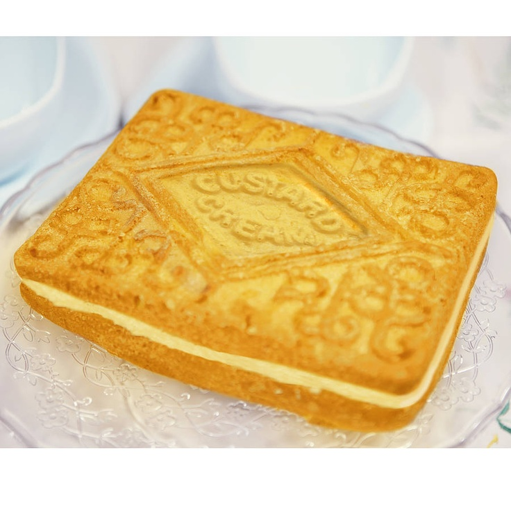 Giant Custard Cream Silicone Cake Mould