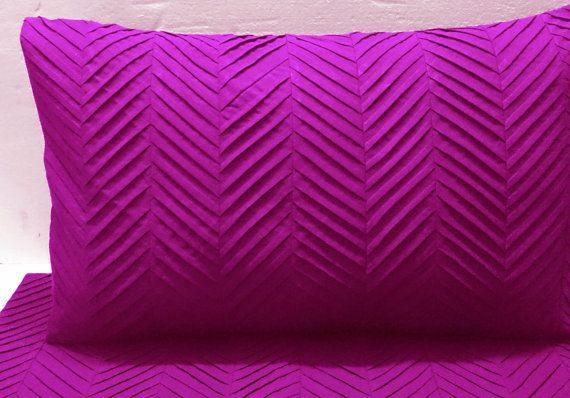 fushia pink zig zag pleated cal king size duvet cover by Tatvakala