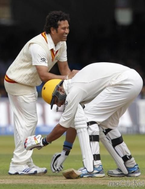 That's how you worship your idol! Yuvraj touches Sachin's feet…The Sixer King got the blessings of the God. For more photos click http://mocricket.com/