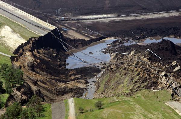Mining Mayhem: Yallourn Wall Collapse