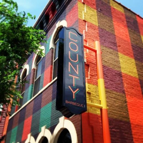 Best 25 restaurant exterior ideas on pinterest cafe exterior restaurant exterior design and for Restaurant exterior color schemes