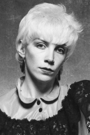 17 best images about annie lennox on pinterest belle epoch celebrity and beleza - Annie lennox diva album cover ...