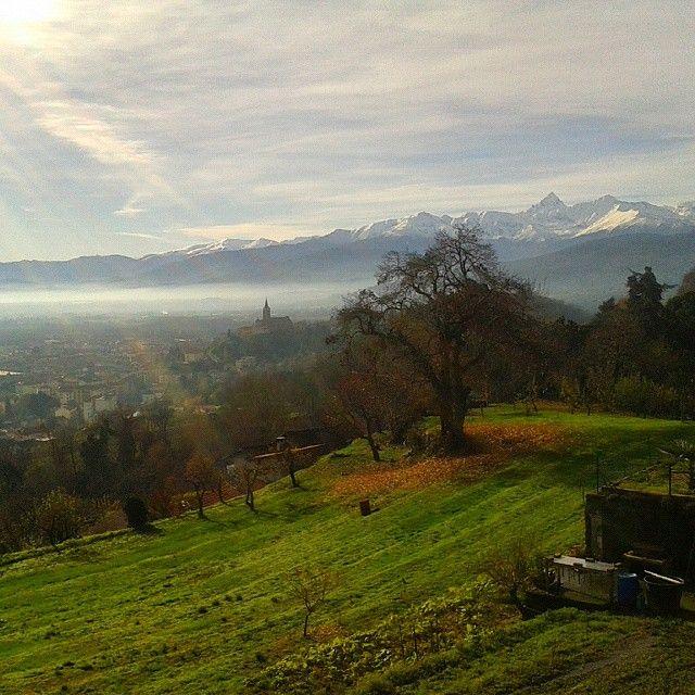 Pinerolo e il Monviso. #pinerolo #monviso #ig_piemonte #igerspiemonte #piemonte #ig_turin #great_captures_italia #ilnostropiemonte #piemontemare #ig_piedmont #lovespiemonte #natura