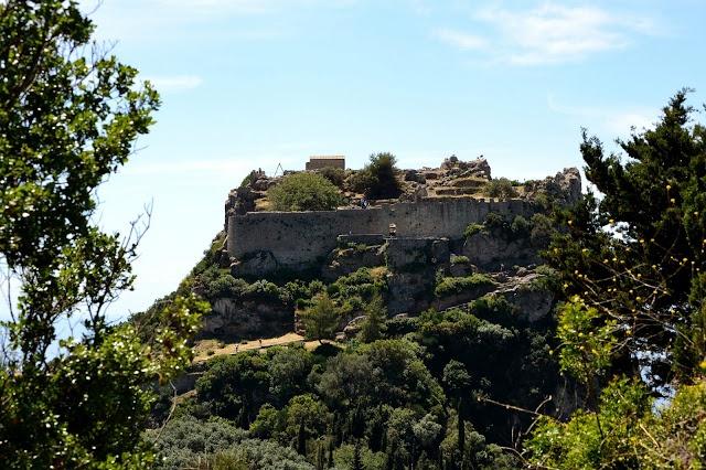 Angelokastro Castle, Krini
